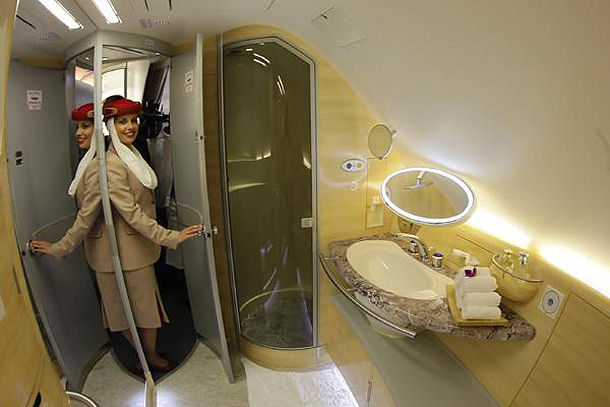 Flight Attendant Airbus A380 - Shower Cabin