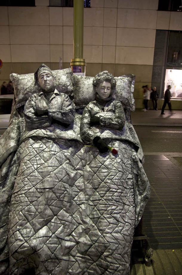 Street Performers in Barcelona