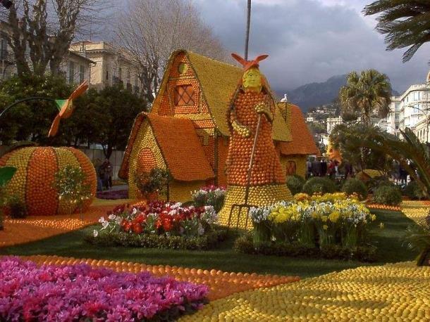 Amsterdam Orange Festival or Queen's Day (Koninginnedag)