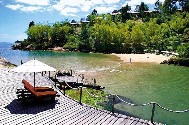 Ponta dos Ganchos, Brazil - Source picasaweb.google.com