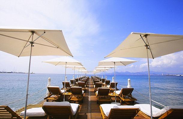 Z-Plage, Cannes, France - Source flickr.com