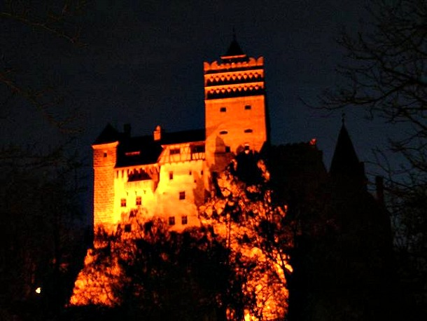 Bran Castle Halloween 2011 - Source getintravel.com