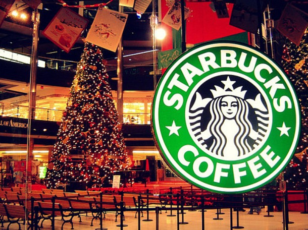 Christmas 2011 at Starbucks - Source favim.com